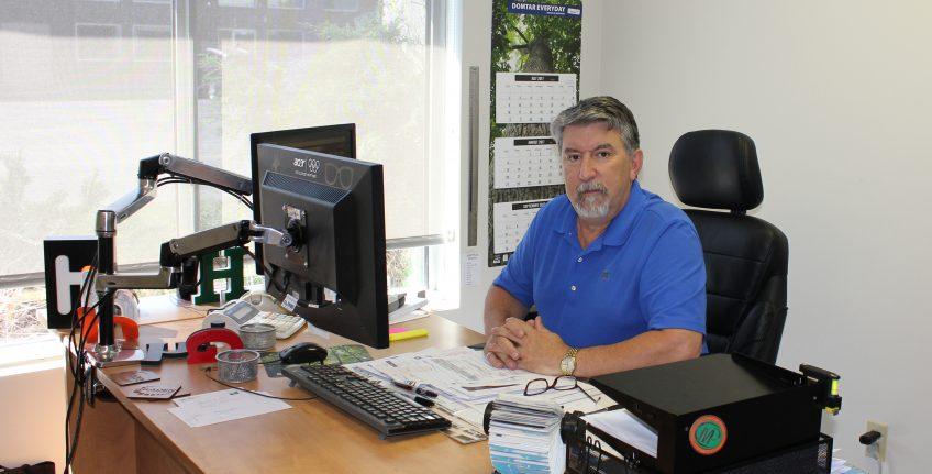 Dan Murias, Minuteman Press franchise owner, Red Deer, Alberta, Canada. http://www.minutemanpressfranchise.ca